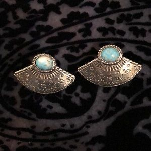 Fan shaped earrings with turquoise colored stone